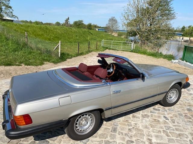 Mercedes W107 R107 SL Kofferraum Teppich komplett Farbe dattel ohne Batt.